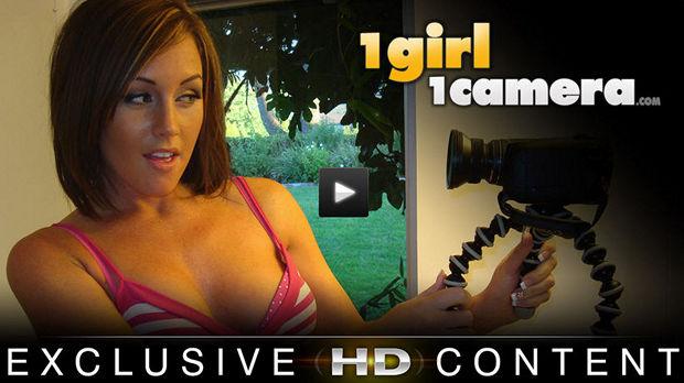1 Girl 1 Camera discount